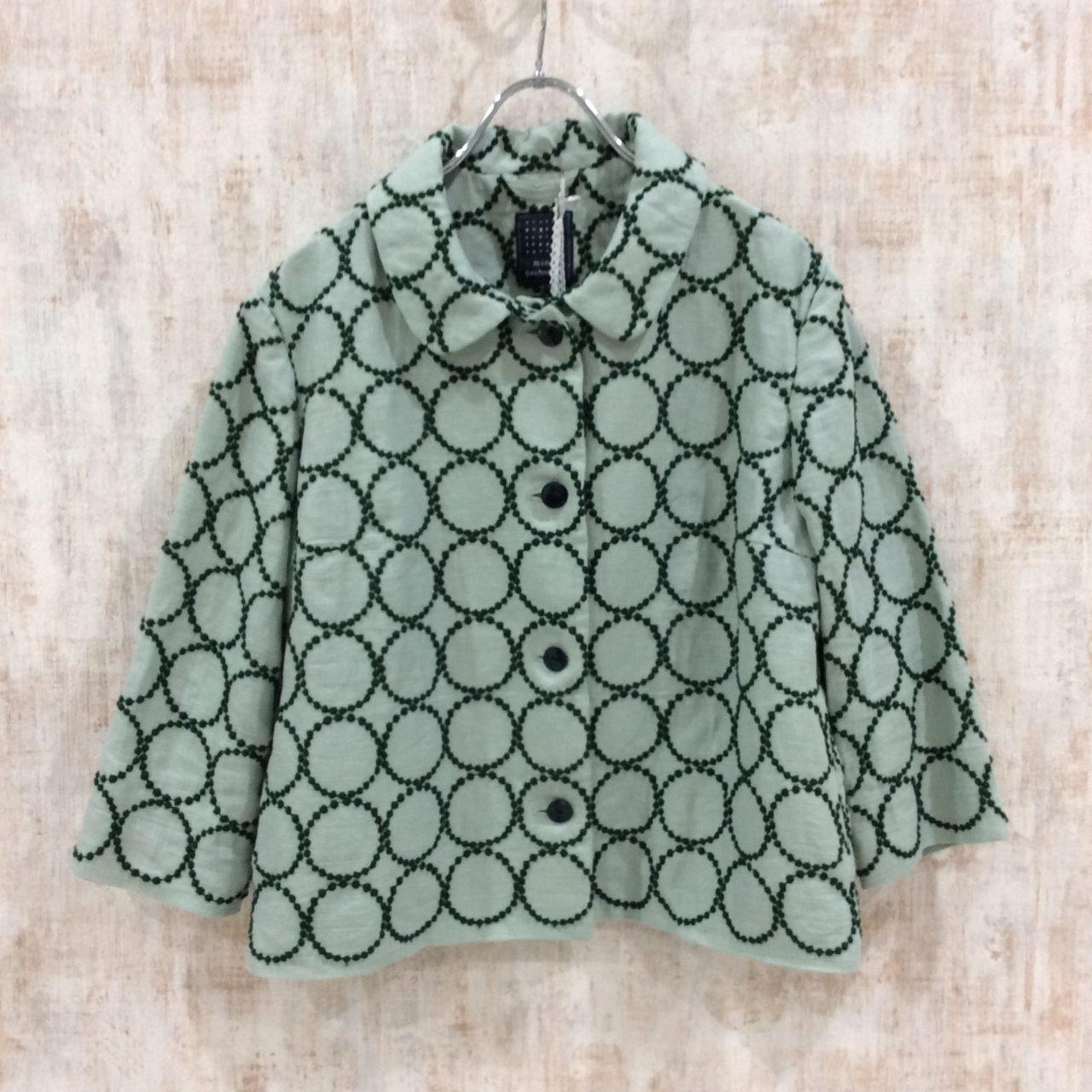 ミナペルホネンの人気テキスタイル「tambourine」のジャケット