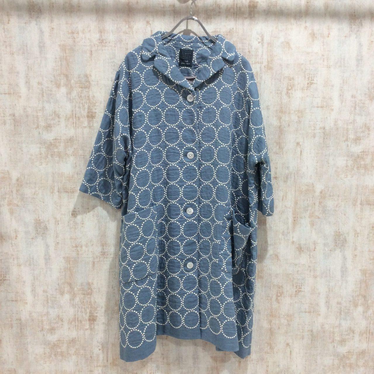 ミナペルホネンの人気デザインのコート