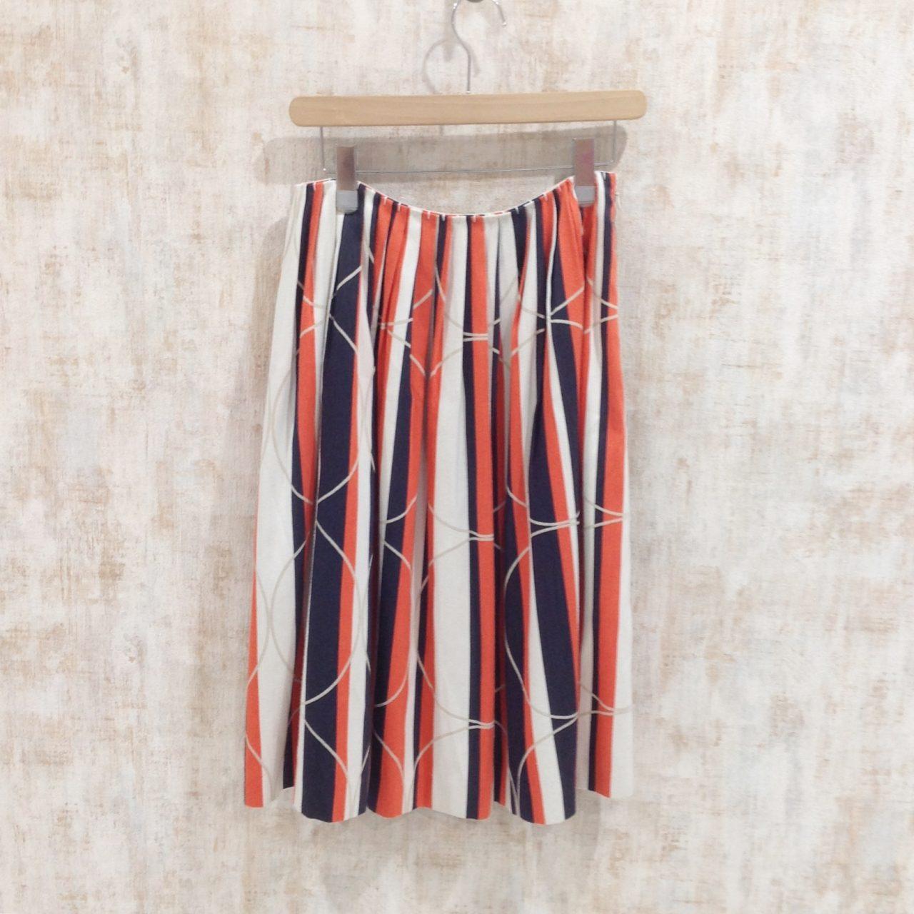 ミナペルホネンのマルチストライプ柄のスカート