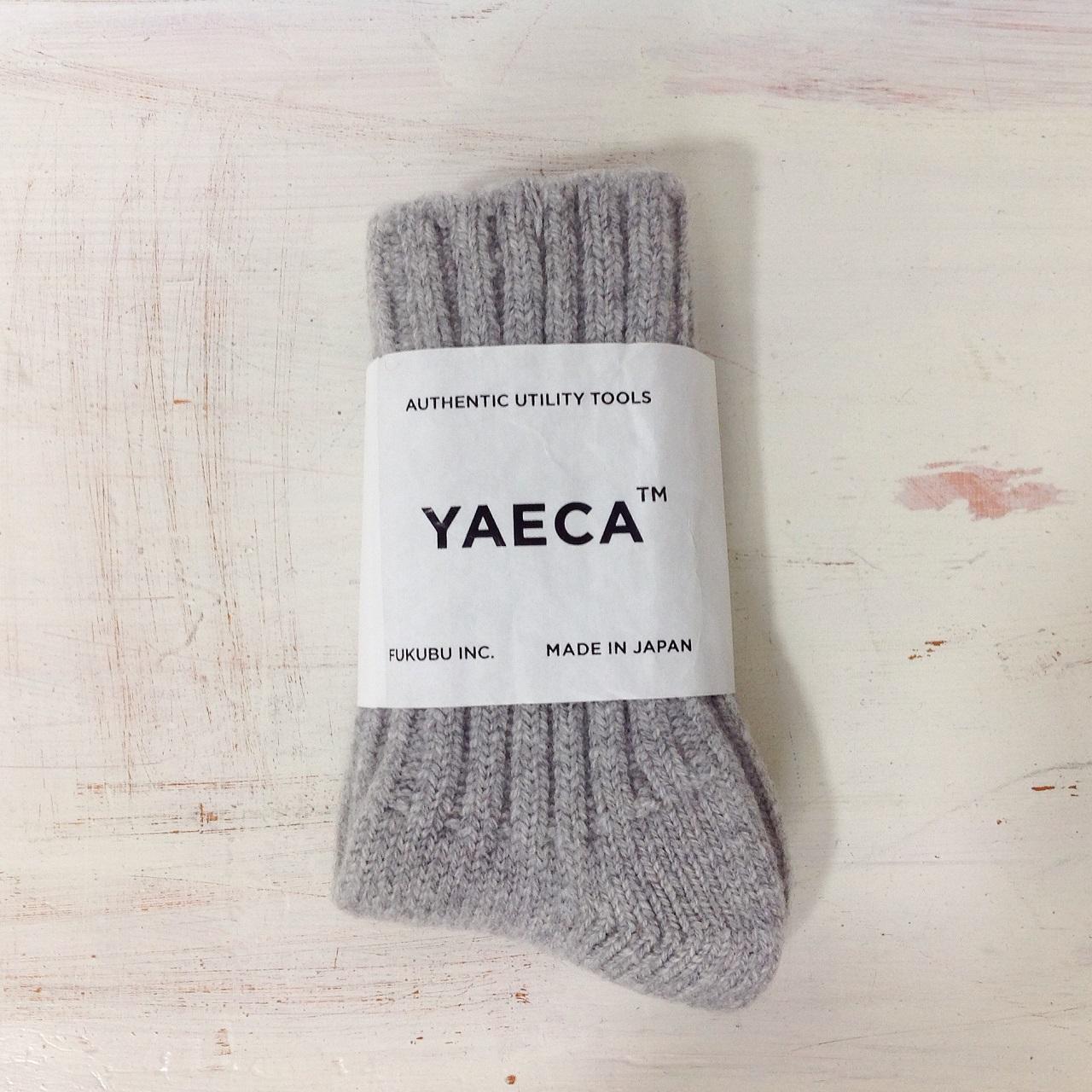 YAECAのウールソックス