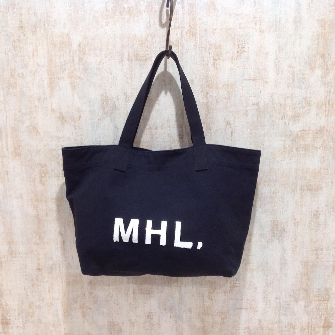 マーガレットハウエルの人気のロゴ入りトートバッグ