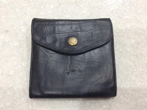 イルビゾンテのレザーに風合いがある財布