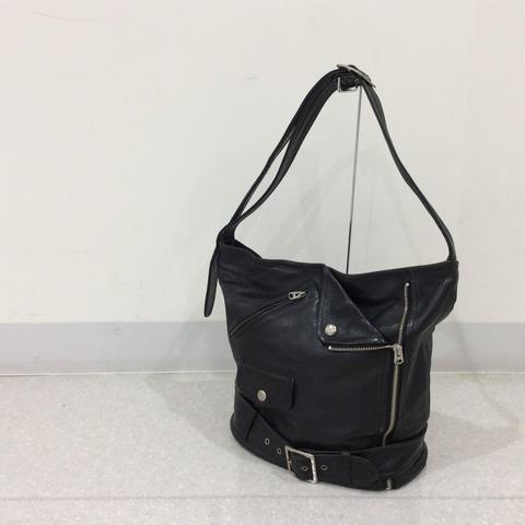 ビューティフルピープルのレザーバッグ