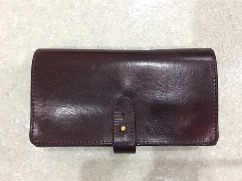 アーツアンドサイエンスのジャバラ財布 使用後